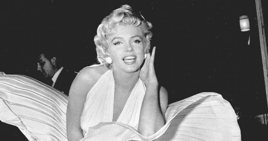 Movie dresses Marilyn